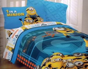 Despicable Me 2 Twin Comforter and Sheet Set Minions at Work